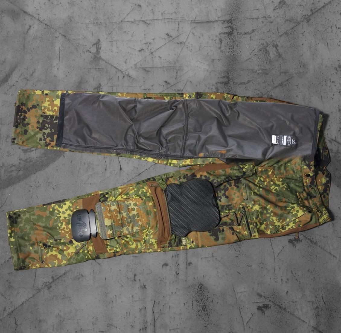 Rüste deine UF PRO® Striker XT Kampfhose für unterschiedliche klimatische Bedingungen nach und erhöhe deine Schutzausstattung.
