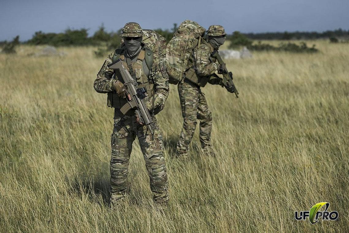 Die UFPro® Striker HT ist bei Triple Action in Camouflage MultiCam® oder Coyote erhältlich
