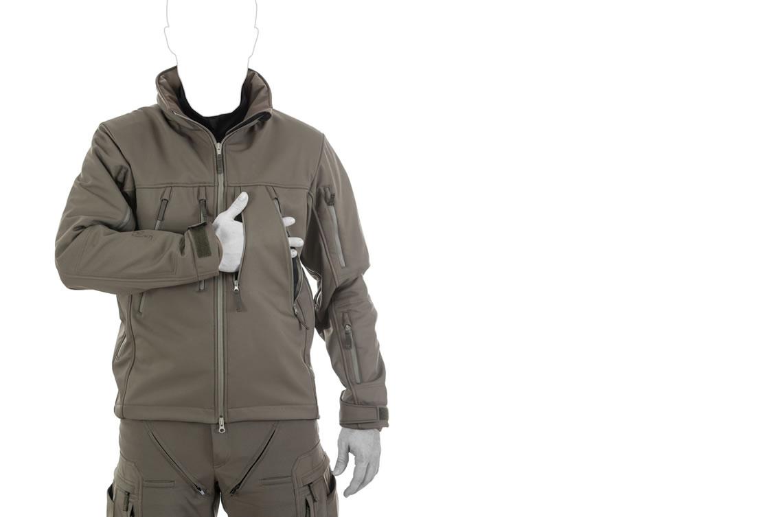 Die taktische Softshell Jacke UF PRO Delta Eagle-Jacke - Taschenkonfiguration